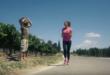 Ημιμαραθώνιος γεμάτος Κρήτη σε ένα βίντεο που σαρώνει