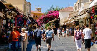 touristes-tourismos-kriti